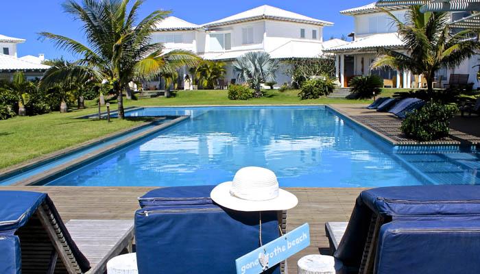 Villa-5-Búzios- Praia-Rasa-area-externa-com-piscina (2)